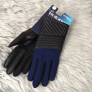 Isotoner signature smart touch gloves